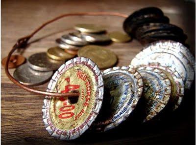 Ang staple musical instrument ng mga nagkakaroling.